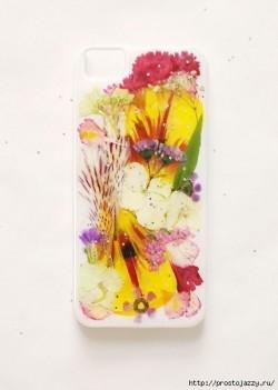Оригинальный чехол для телефона своими руками в летней тематике.